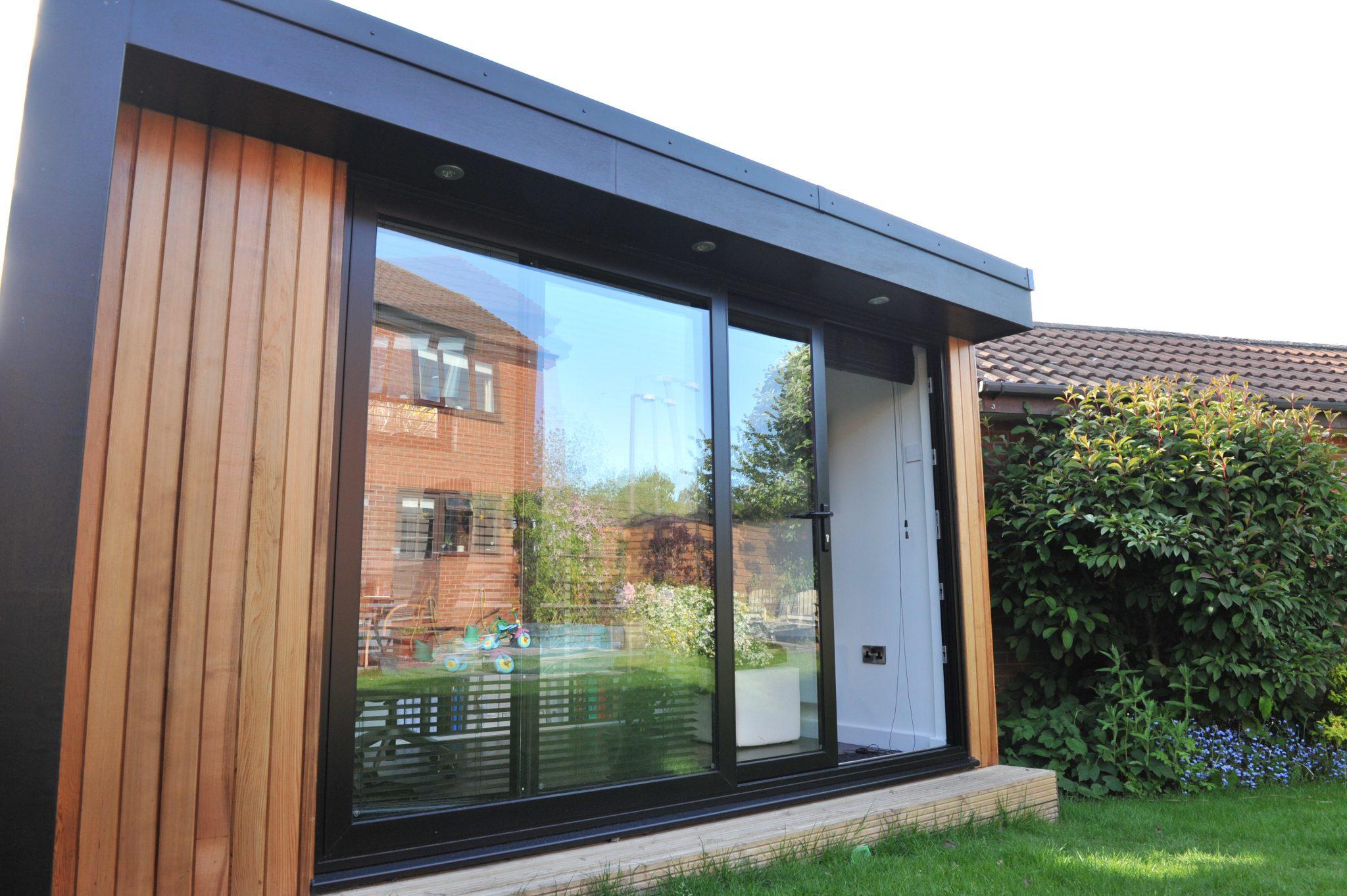 Stylish garden office - Swift Garden Rooms
